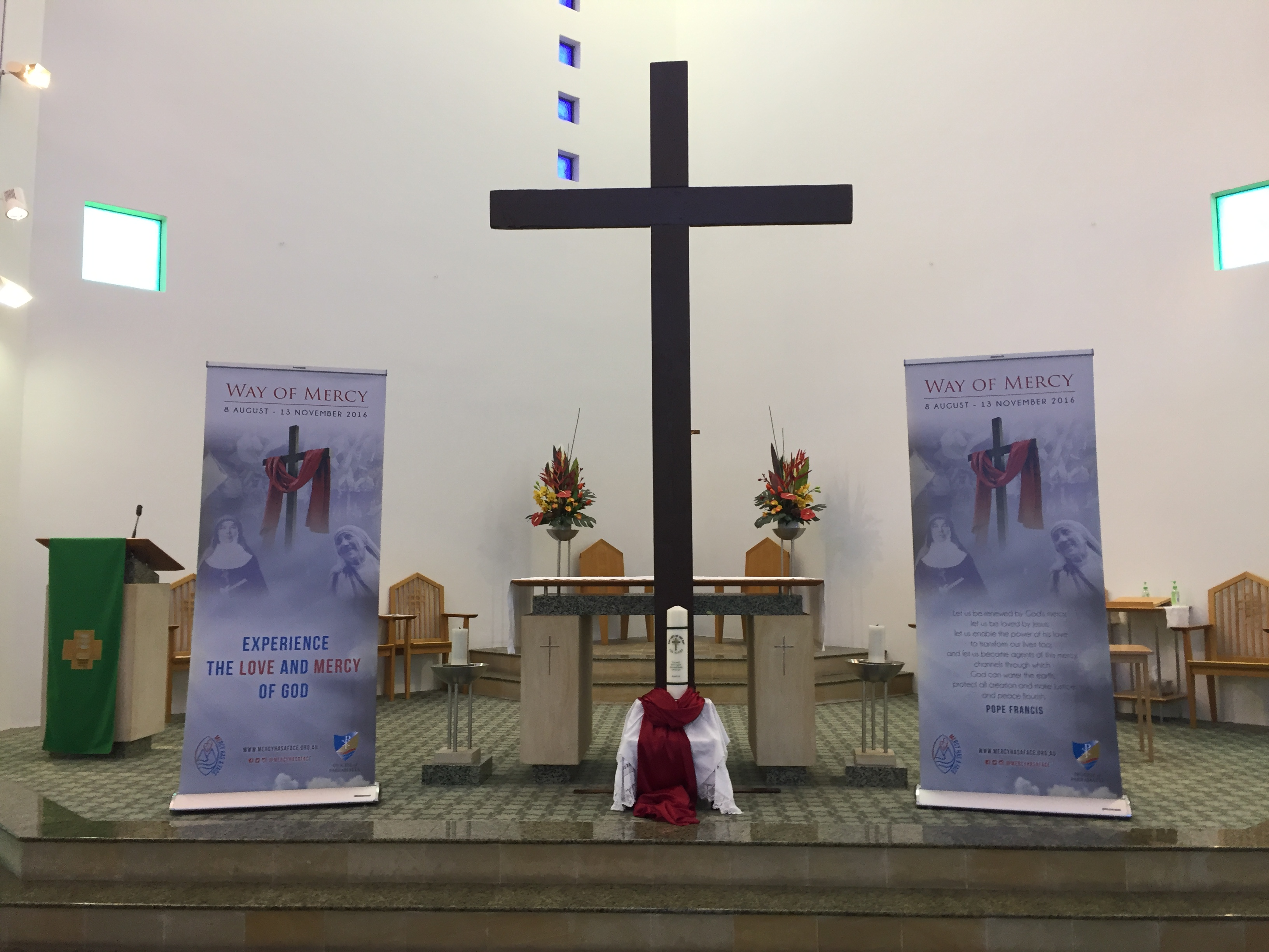 Way of Mercy Cross and Relics 2016
